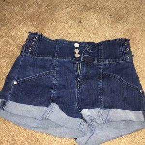 denim shorts, three buttoned, high rises,